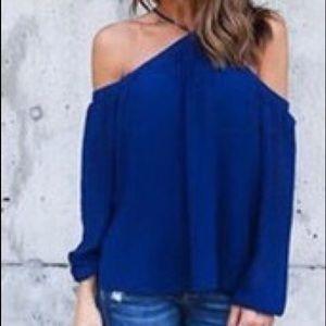 Tops - Off shoulder long sleeve blouse